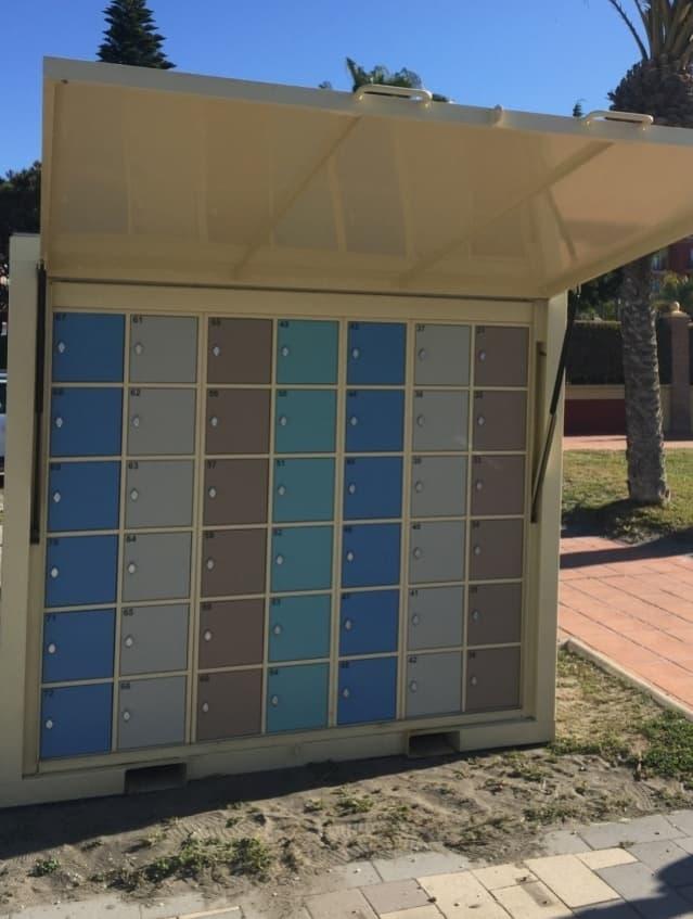 Lockers voor de strandganger